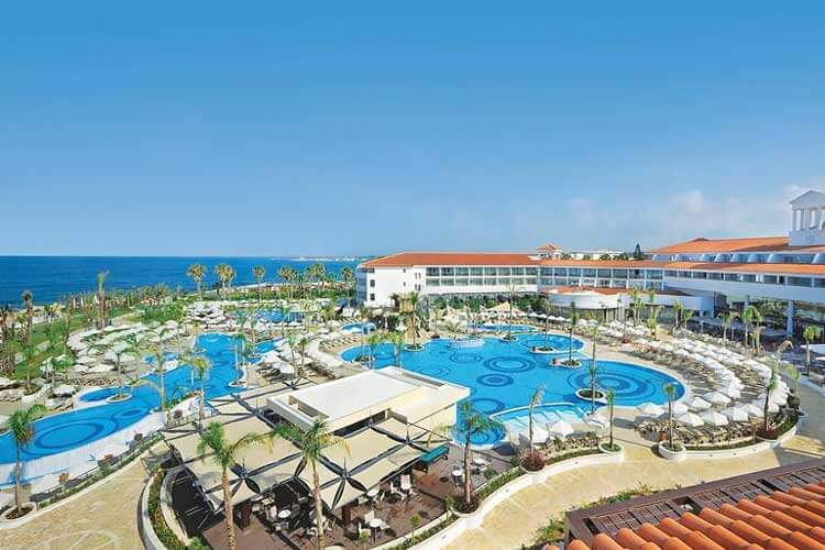 Luxe 5-sterren all inclusive Olympic Lagoon Resort Paphos Cyprus