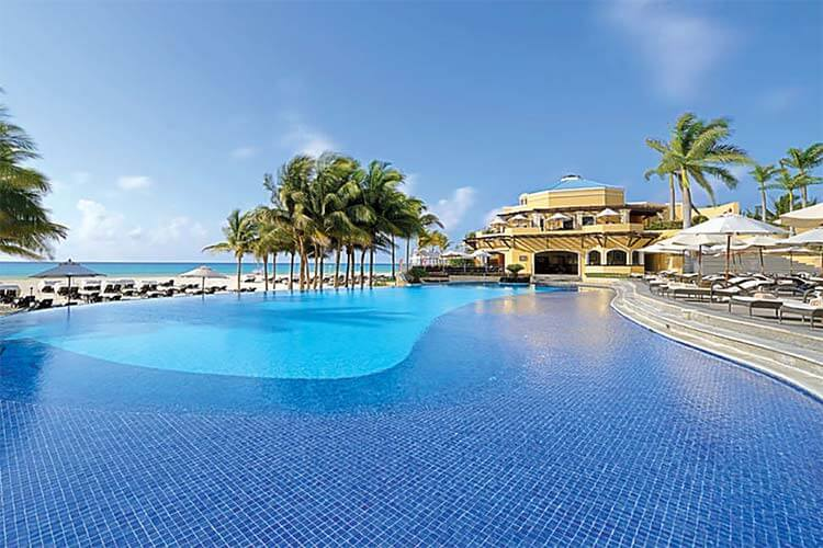 Luxe all inclusive Hotel Royal Hideaway Playacar Mexico